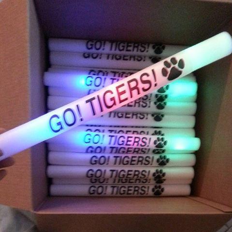 bulk-custom-printed-led-glow-stick-foamstick-baton-wand.jpg