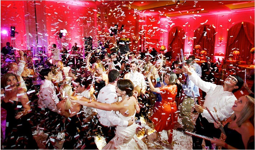 confetti-party-cannons-3-27923.1339220094.1280.1280.jpg