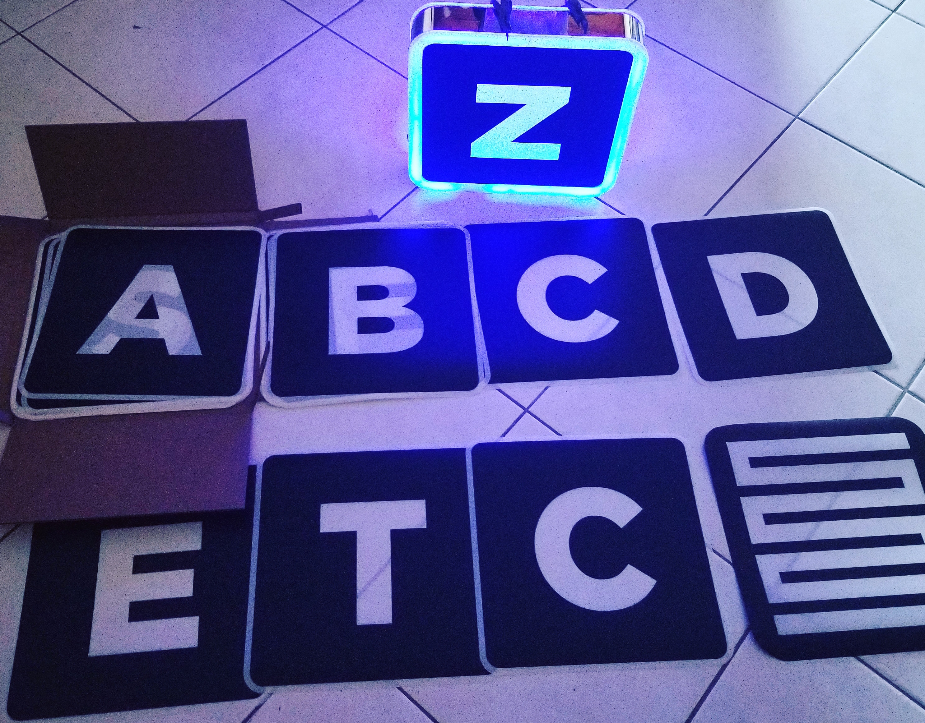 led-letter-box-presenter-shield-vip-birthday-lightbox-ledletters-nightclubshop.jpg