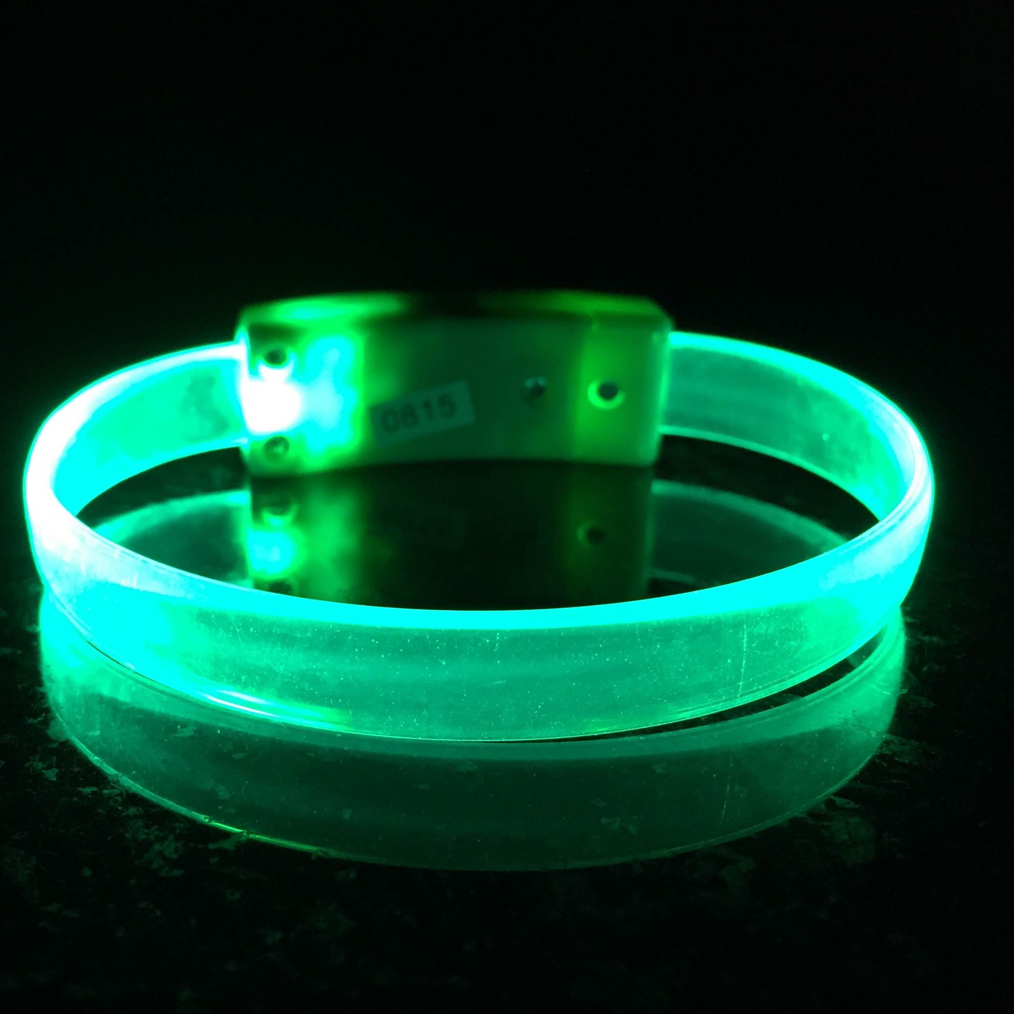 led-wristband-blank-light-up-glow-bracelet-1-green.jpg